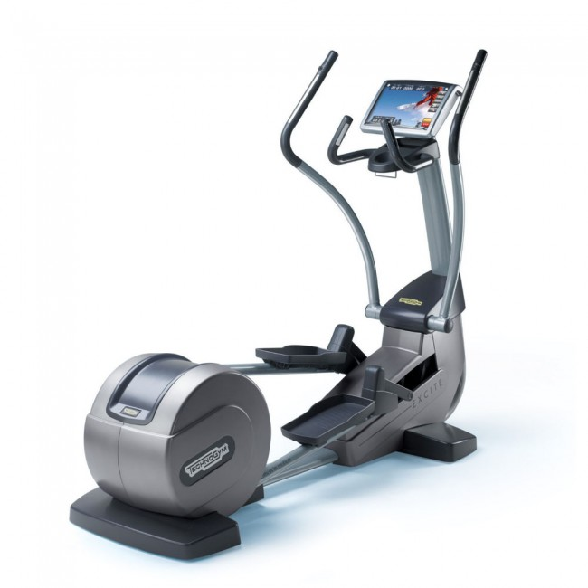 Technogym Excite 700 synchro met TV